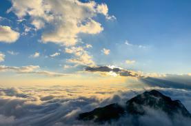 Sương mây giăng lối trên Ky Quan San