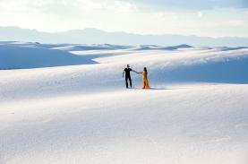 Đồi cát trắng như tuyết