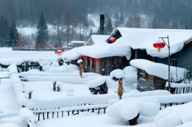 Ngôi làng như bước ra từ cổ tích vào mùa đông