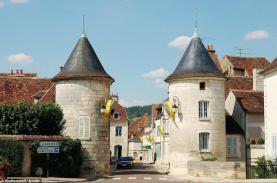 14 ngôi làng đẹp như thiên đường ở Pháp